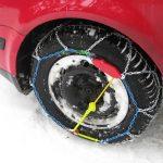タイヤチェーンの金属製、ゴム製のメリット・デメリットについて