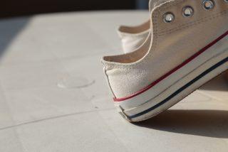 ぬれた靴を早く乾かすには?ニオイをおさえるには?