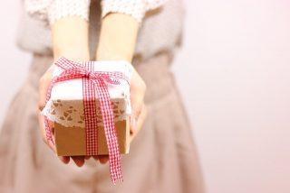 バレンタインデーにチョコ以外のプレゼントで男性が喜ぶのは?
